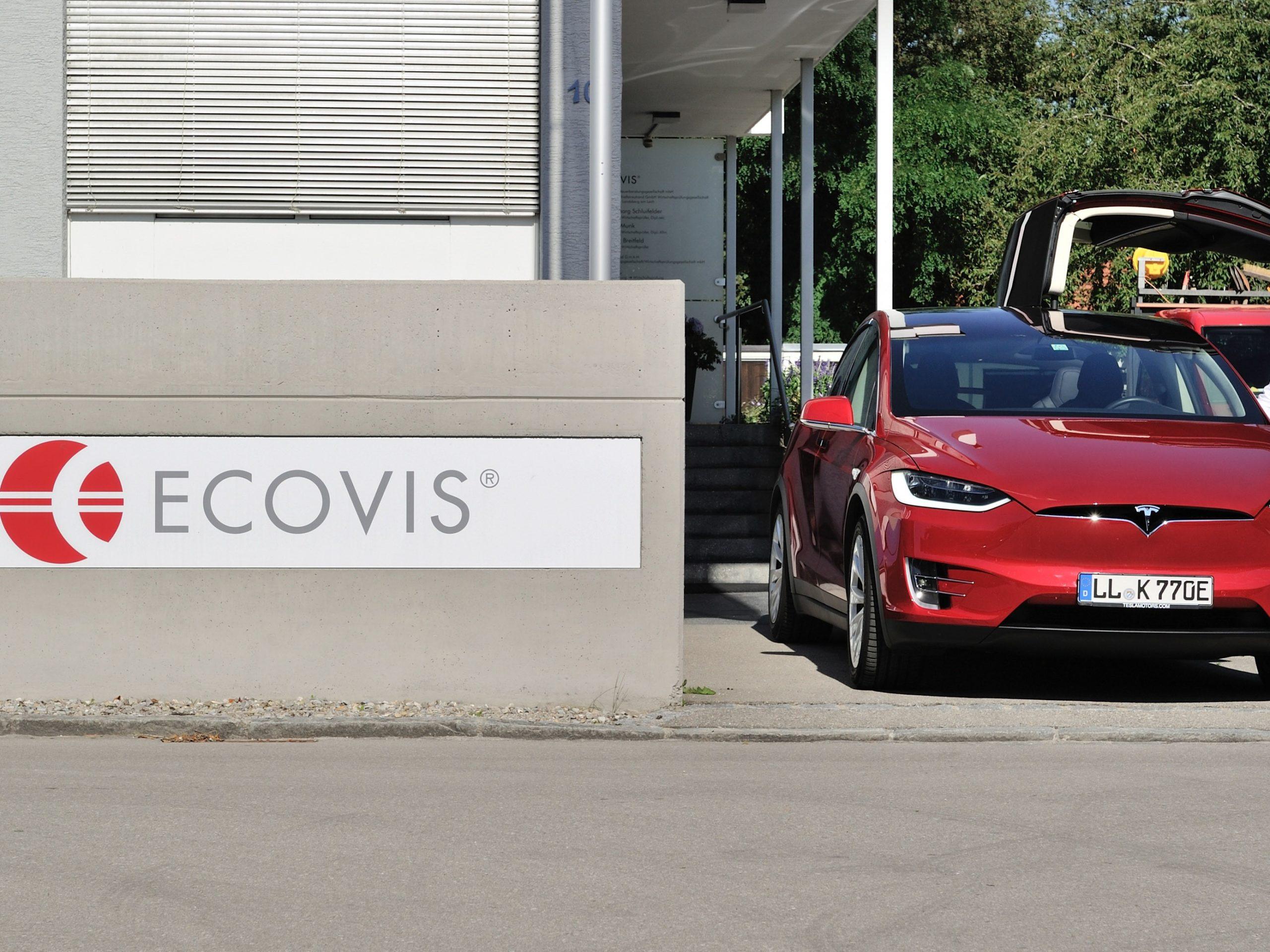 ECOVIS ježek odpovědnost za autonomní stroje Průmysl 4.0 .jpg